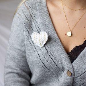 Broche cœur blanc velours
