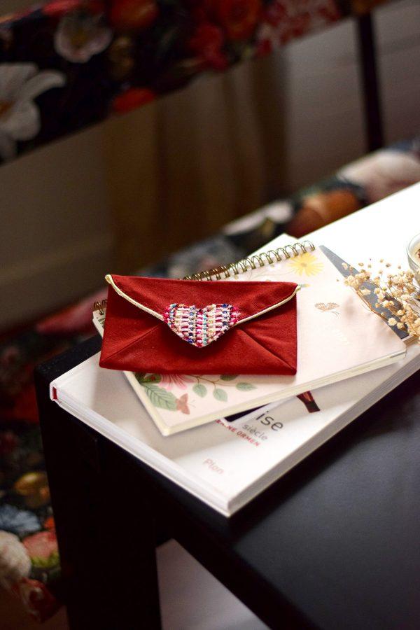 Pochette enveloppe cœur Rouge baiser